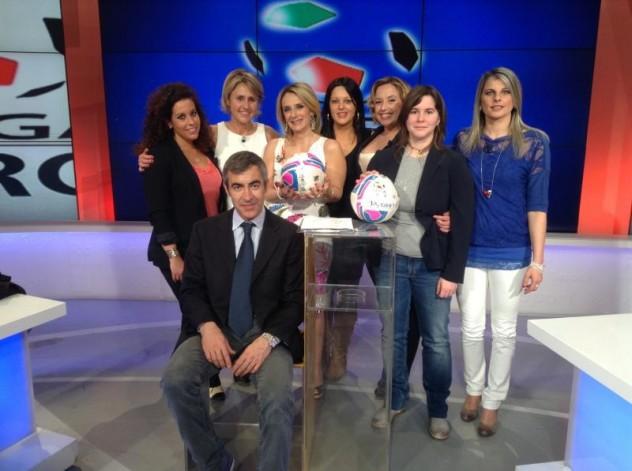 Le addette stampa della Lega pro nel corso della trasmissione Rai Lega Pro condotta da  Arianna Secondini - foto TLP
