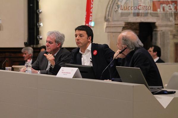 Renzi-a-Lucca lancia la proposta del servizio civile universale