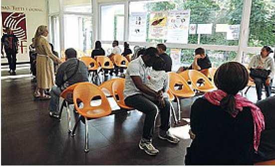 la sala d'attesa del poliambulatorio di Suor Anna
