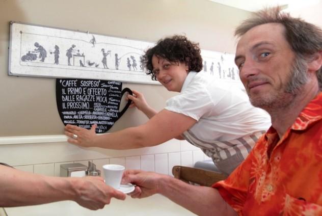 BAR CHE ADERISCONO ALL'ANTICA PRATICA PARTENOPEA DEL CAFFE' SOSPESO.