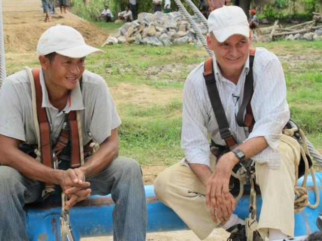 Compagno birmano Aiklian con Toni, Birmania