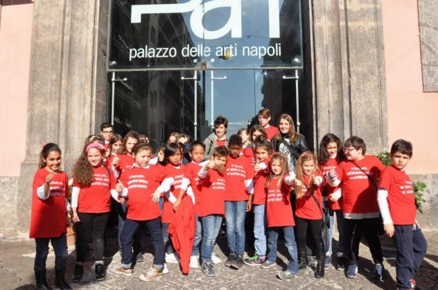 I bambini dell'orchestra sinfonica dei quartieri spagnoli al pan