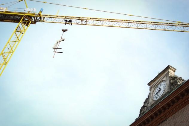 La ricostruzione anche sull'orologio di Mirandola
