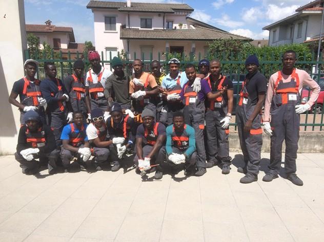 Piacenza profughi imbianchini
