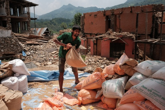 Nepal Earthquake, three months on_ Credit Oxfam.Jes Aznar_ Open Access -4-
