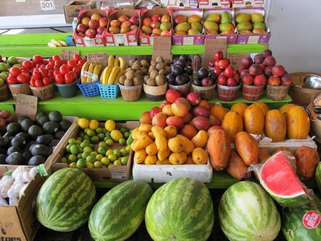 farmers-market-373770_1280
