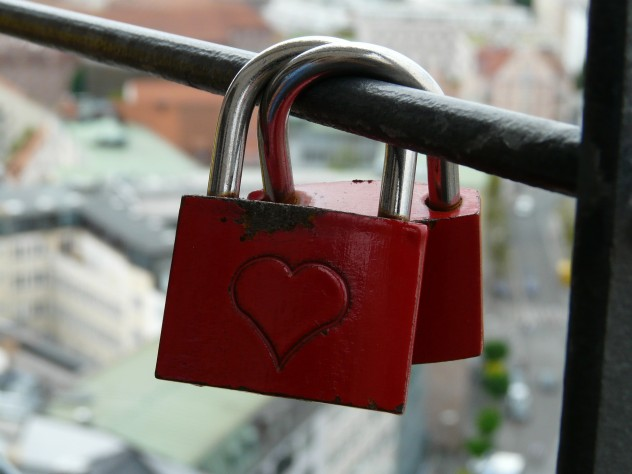 love-locks-59066_1920