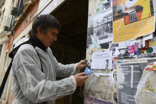 """L'associazione """"Masegni e nizioletti"""" pulisce i muri"""