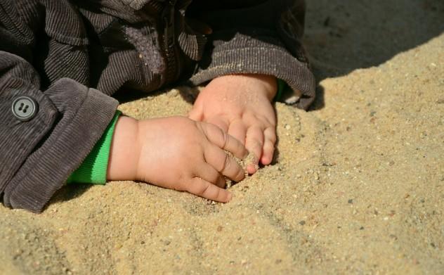 mani-bambino