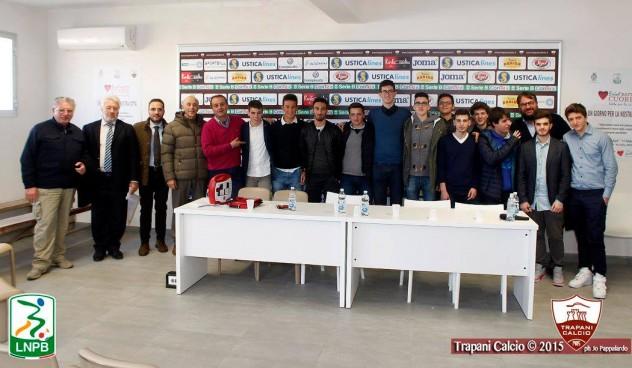 trapani_calcio_consegna_defibrillatori_comune_erice