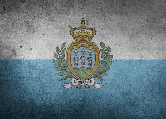 flag-1198966_640