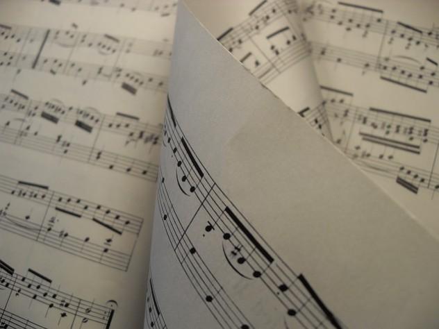 sheet-music-277277_640