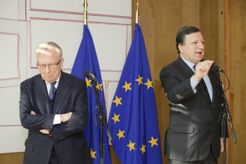 A sinistra Jacques Delors, a destra Jose Manuel Barroso