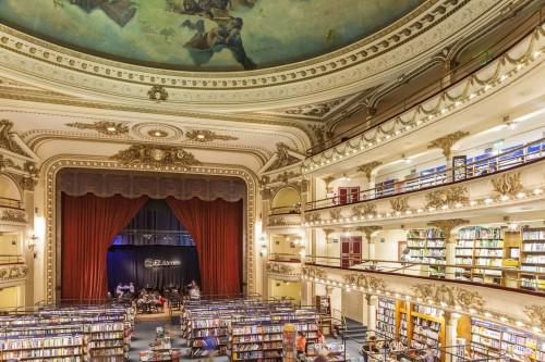 La libreria El Ateneo Grand Splendid di Buenos Aires, sede del sito argentino Taringa