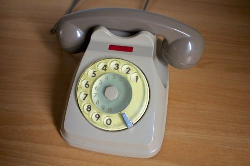 telefono-a-cornetta