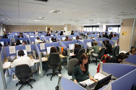 uffici_del_call_center_comdata_di_la_spezia_b