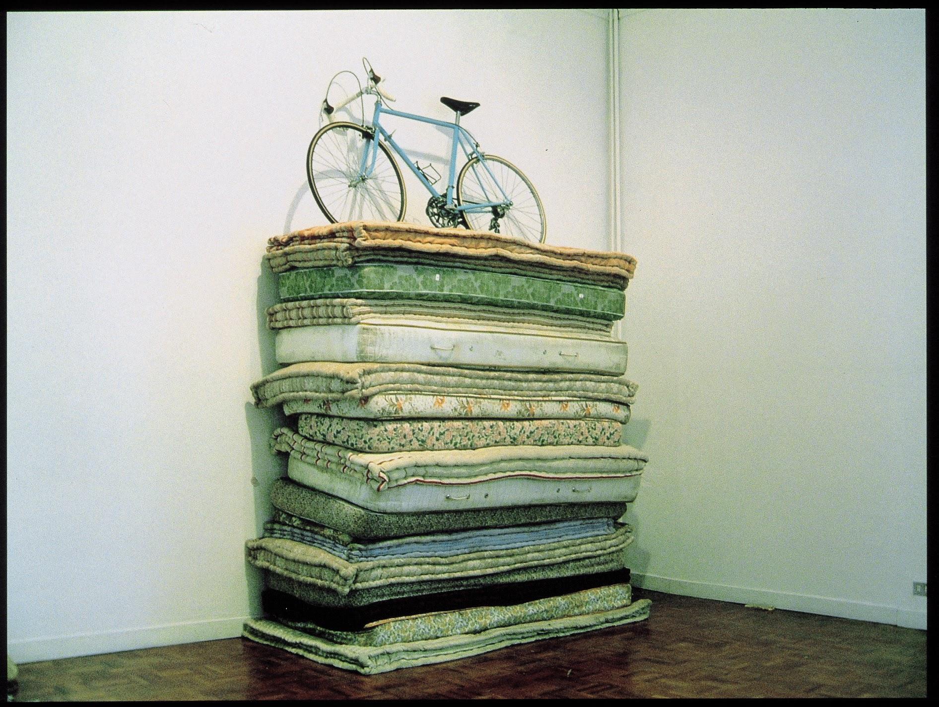 2000My Weakness mattressesbicyclecristall & mill 310 x 100 x 200