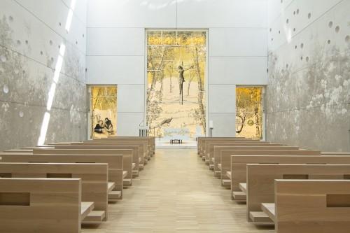grisaille su vetro e foglia d oro, dimensioni ambientali, 2014, installazione permanente, Chiesa di San Giovanni XXIII di Bergamo