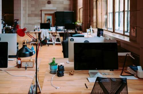 (Resteranno vuoti oltre 100 mila posti nell'ICT secondo dati Codefop - Foto di Annie Spratt via Unsplash)