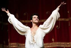 applauso al termine di Romeo e Giulietta K65A6159