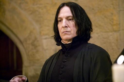 Alan Rickman, scomparso a 69 anni il 14 gennaio scorso, nei panni del professor Severus Piton