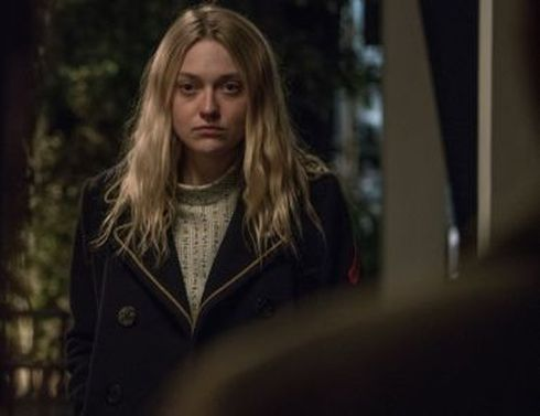 Dakota Fanning (22 anni) nel ruolo della figlia dello Svedese, il protagonista di American Pastoral (2016) di Ewan McGregor