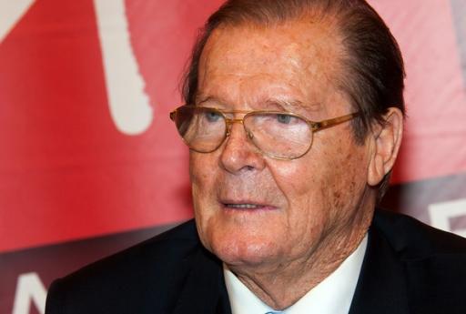 Roger Moore, scomparso il 23 maggio a 89 anni, in un'immagine molto recente