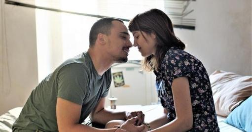 Simone Liberati (28 anni) è Stefano, con Selene Caramazza (23 anni) nel ruolo di Agnese in Cuori puri (2017) di Roberto De Paolis