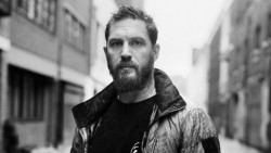 Tom Hardy, protagonista di The True American
