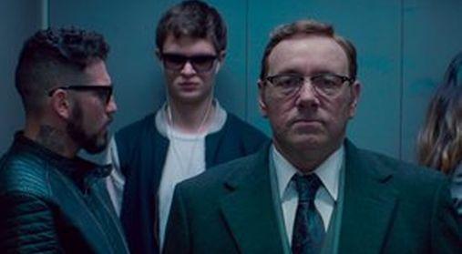 Da sinistra John Hamm (46 anni), Ansel Elgort (23) e Kevin Spacey (58) in una scena di Baby Driver - Il genio della fuga (2017)