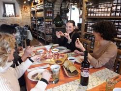 Antica-Corte-Pallavicina-Donne-in-Hosteria-Credit-Tiziana-Azzolini-6