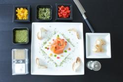 FoodLab - Salmone Norvegese affumicato con peperoni canditi - Impiattato
