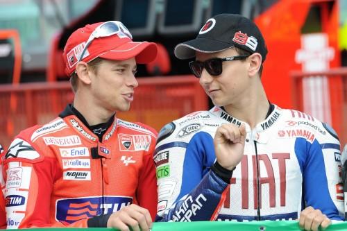 Lorenzo ai tempi della Yamaha con Stoner (a sinistra) campione mondiale con al Rossa