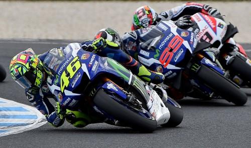 Valentino Rossi supera Jorge Lorenzo e vola verso il podio (AFP)