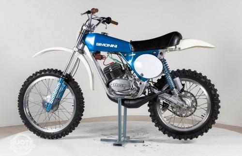 ll ciclomotore Simonini Cross, un mito degli anni '70 tra i giovanissimi