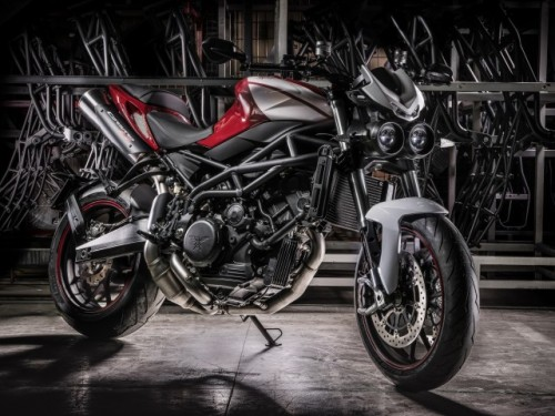 La nuova Moto Morini Corsaro ZZ presentata a ECMA 2016
