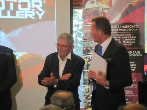 Oscar Scaglietti (a sinistra) durante la presentazione di Modena Motor Gallery con Stefano Berganzini