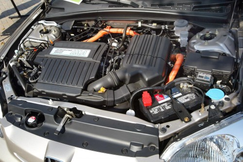 Auto ibrida: motore endotermico accoppato alla trazione elettrica