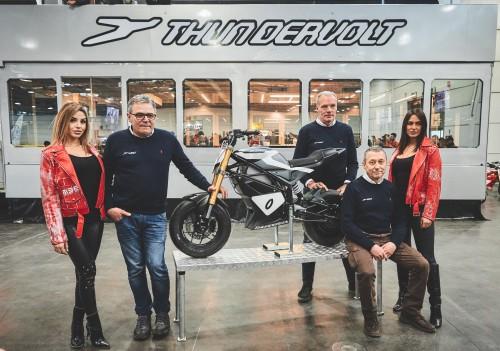 L'elettrica Thundervolt con da sinistra i tre promotori dell'impresa: Sassi, Greppi e, seduto, Loris Reggiani