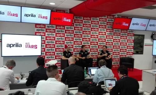 La conferenza stampa durante Aprilia all stars in cui la casa di Noale ha chiarito le ragioni del ricorso contro Ducati. Da sinistra: Andrea Iannone, Massimo Rivola e Romano Albesiano
