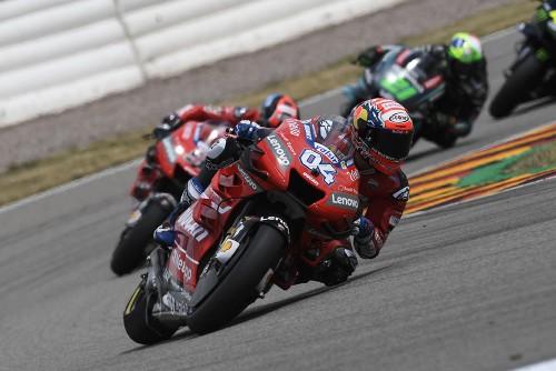 Andrea Dovizioso: la percorrenza e l'uscita di curva, croce delle Ducati