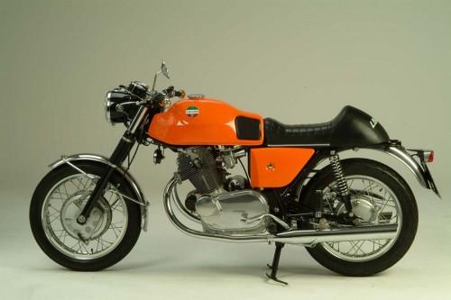 La Laverda 750 capostipite delle fantastiche moto della casa di Breganze
