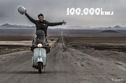 Ilario Lavarra festeggia in Iran il traguardo dei 100 mila km