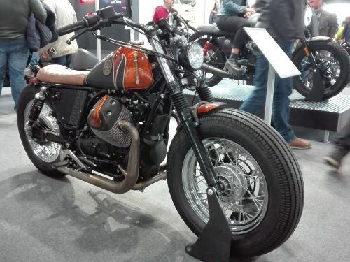 Il concept Guzzi V7 Lady Bobber di Officine Sbrannetti per Lord of The Bikes