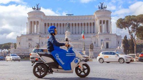 Scooter sharing con mezzi elettrici nella capitale