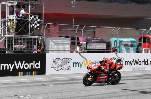 Andrea Dovizioso vince il Gran Premio d'Austria 2020 al Red Bull Ring di Spielberg (AFP)