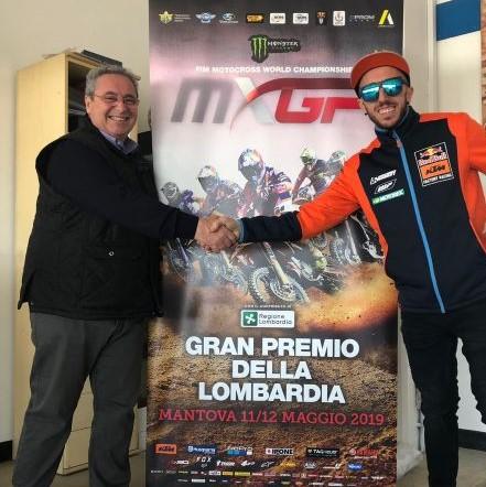 Giovanni Pavesi presidente Moto Club Mantovano e Toni Cairoli