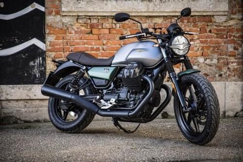 La nuova Moto Guzzi V7 Stone edizione speciale Centenario