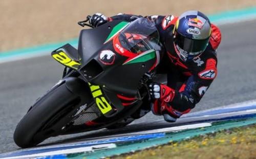 Andrea Dovizioso nei test di Jerez sulla Aprilia RS-GP 2021