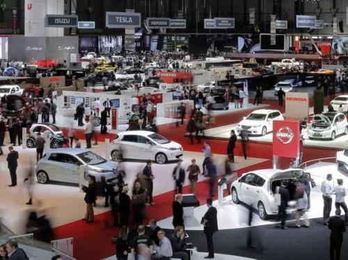 L'atmosfera rilassata del Salone dell'auto a Ginevra 2019